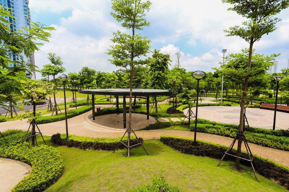 Khuôn viên công viên cây xanh The Zen Residence
