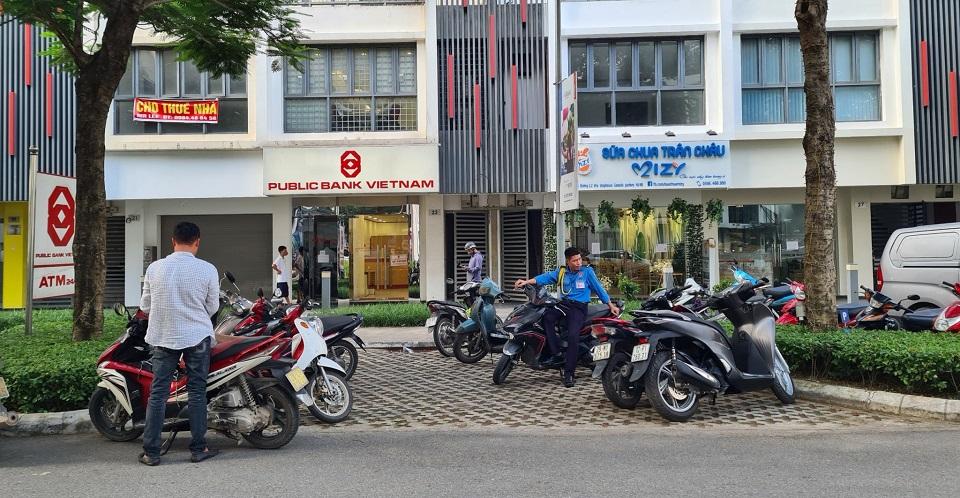 Public bank Gamuda