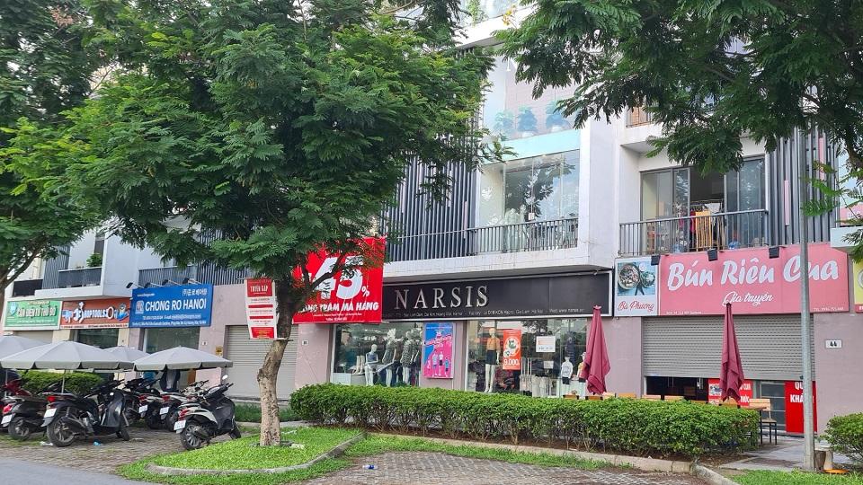 Cửa hàng thời trang narsis gamuda